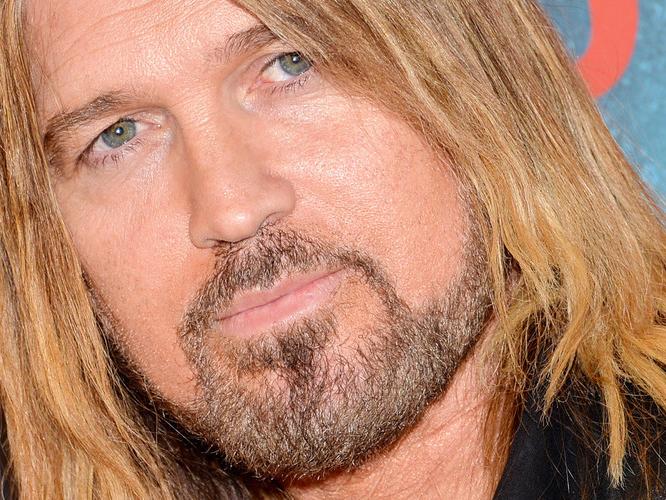 El padre de Miley Cyrus -y Noah- se hace un Yurena - Odi O ...